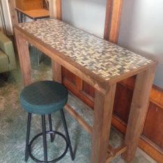 タイルカウンターテーブル