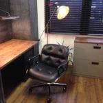 倉庫をオフィス空間に改造