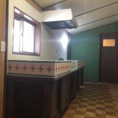 昭和レトロキッチンとトイレが完成しました
