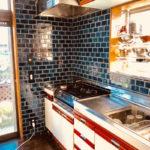 造作洗面台とタイルで水回りが大変身