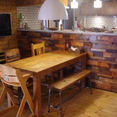 端材でキッチンの腰壁造作