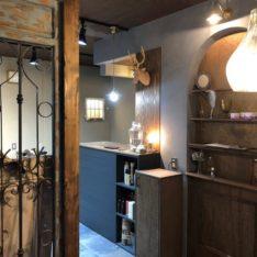 西可児美容室「ジャコメッティ」シャビーアンティークな空間に改装